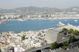 Carmen Fano presidenta Unicef Eivissa: «Lo más relajante es el mar, el cielo azul y el verde del campo»