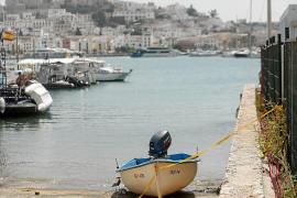 Las Pitiusas reciben en un solo día dos pateras con 19 inmigrantes