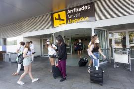 Aviba se posiciona en «total desacuerdo» ante las sugerencias de la Airef sobre el descuento de residente