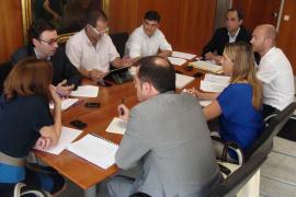 El Govern busca un acuerdo de financiación con los consells antes de 2013