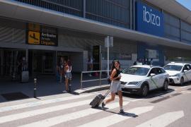 Un estudio concluye que es más caro viajar por la Península que coger un avión desde Baleares