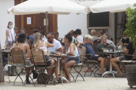 Ibiza recibe agosto con su primer lunes nublado