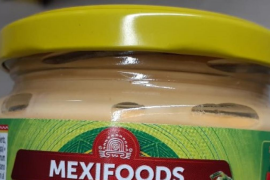 Sanidad alerta de una salsa de queso que podría dañar la salud