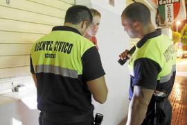 La dirección insular dice que la vigilancia privada en las calles de Sant Antoni «es totalmente ilegal»