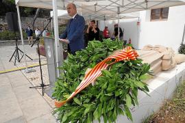 Vicent Marí reivindica la autonomía local en su discurso para conmemorar Vuit d'Agost