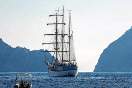 El Oceanogràfic de València convoca la II Travesía Planeta Azul