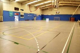Finalizan las obras del cambio de la pista del Polideportivo de es Pratet