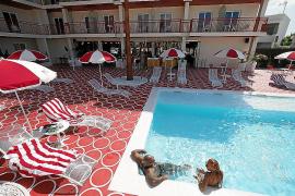Bienvenidos sean amantes y pecadores en el hotel Romeo's
