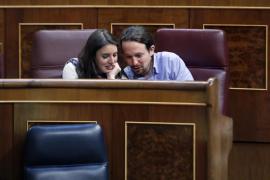 Pablo Iglesias e Irene Montero suspenden sus vacaciones por insultos y amenazas