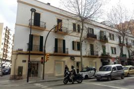 Interceptada una mujer tras cometer varios hurtos en negocios del centro de Ibiza