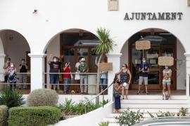El Ayuntamiento de Sant Josep ofrece a los vecinos de los Don Pepe alojarse en Sa Casilla