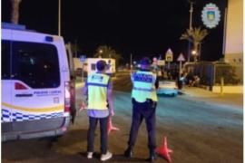 La Policía Local inmoviliza en Ibiza a un taxi y un VTC por circular sin autorización en vigor