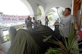 Los vecinos acampados de los Don Pepe se plantean una huelga de hambre