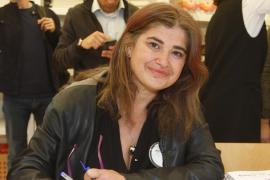 Críticas a Lucía Etxebarría por pautar por redes una medicación alegando que sacó un 6,8 en Farmacología