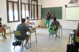 El Consell d'Eivissa y Sant Josep dotan de ayudas económicas a los estudiantes