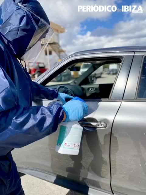 Recuperan vehículos de personas positivas en coronavirus en Ibiza