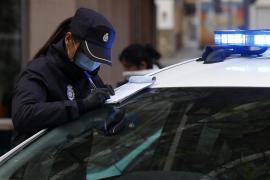 Policías e inspectores controlarán que los positivos cumplen la cuarentena