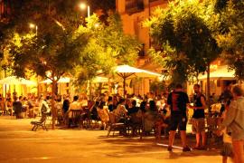 El Govern prohibirá salir a la calle por la noche en las zonas con más COVID