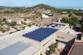 El CEIP Es Vedrà contará este curso con 172 placas solares para autoabastecerse