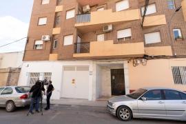 Un hombre apuñala a su hijo y suicida tirándose al vacío en Murcia