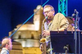 El Eivissa Jazz arranca con un viaje a Plutón con todas las medidas sanitarias