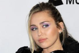 Miley Cyrus critica al director de la gala de los premios MTV por su sexismo