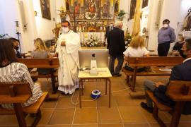 La misa por las fiestas de Jesús, en imágenes. (Fotos: Daniel Espinosa)