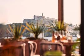 Vuelven los menús de lunes a viernes en Kasamore Ibiza, una experiencia única