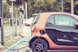 Desarrollan una nueva tecnología capaz de cargar la batería de un coche en solo 15 segundos