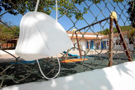 Padres del CEIP Torres de Balàfia llevan su lucha por las mascarillas a todo Baleares