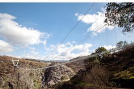 Este es el puente suspendido sin coches más largo del mundo