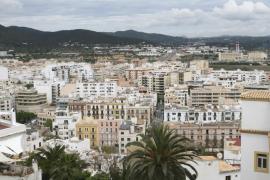 Ibiza y Santa Eulària tienen junto a San Sebastián la vivienda libre más cara