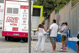 El Govern deja fuera de las restricciones a las calles con más casos positivos