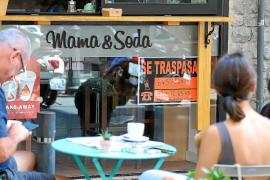 El precio de los locales que se traspasan en Baleares cae un 60% en seis meses por la falta de demanda