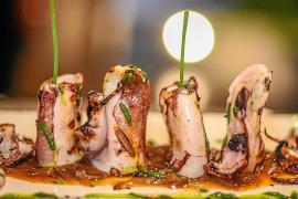 Relájate y déjate llevar en este sorprendente restaurante cuidado hasta el más mínimo detalle
