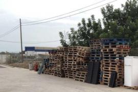 Formentera ha reutilizado cerca de medio millar de palets de la Deixalleria