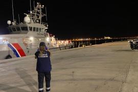 Más de ciento cincuenta migrantes llegan en patera en una noche a Mallorca