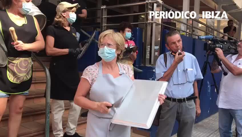 Nueva cacerolada de los comerciantes de l'Eixample de Vila contra las restricciones