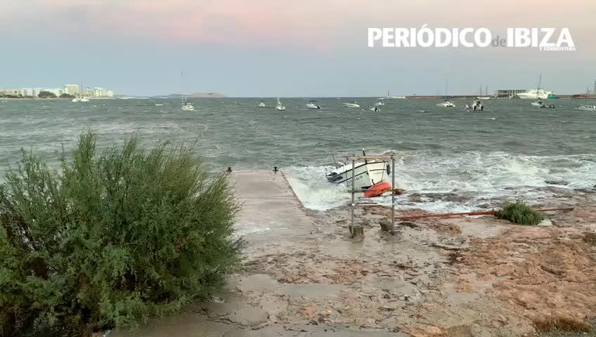El primer temporal del otoño deja una huella de daños e incidencias