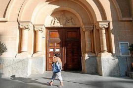 El Govern cede y hoy abrirá las dos iglesias de las zonas confinadas de Vila