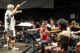 Vila aprueba los convenios colectivos del Patronato de Música y del Patronato de Deportes