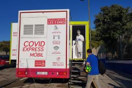 El cribado en Vila y Sant Antoni se extiende dos días más tras el fracaso de convocatoria