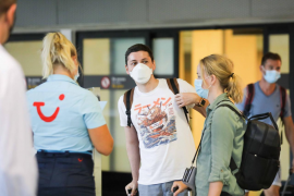 TUI quiere trasladar turistas a Canarias pese a las advertencias del Gobierno alemán