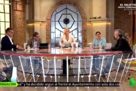 Pillan a Cristina Pardo levantándose para «ir al baño» pensando que estaban en publicidad