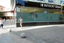 Roban unos 100.000 euros en material informático de la nueva tienda de Apple de Vila