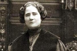 Clara Campoamor: quién fue y por qué le pondrán su nombre a una estación de Madrid