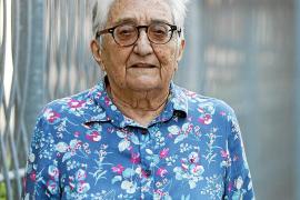 Camen Tur: «Los políticos, en lugar de tirarse los trastos a la cabeza, deberían preocuparse más de los mayores»