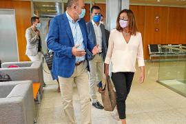 Armengol se reunió ayer por la mañana a primera hora con el alcalde de Vila, Rafa Ruiz