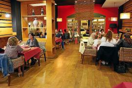 Aumenta la clientela para cenar en bares y restaurantes de los alrededores de Vila