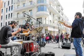 Alertan del «peligro» de la licencia 'musicovid' y Santa Eulària defiende que es temporal y garantiza la convivencia